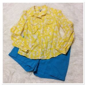 OLD NAVY SUNNY YELLOW & WHITE BUTTON DOWN TOP